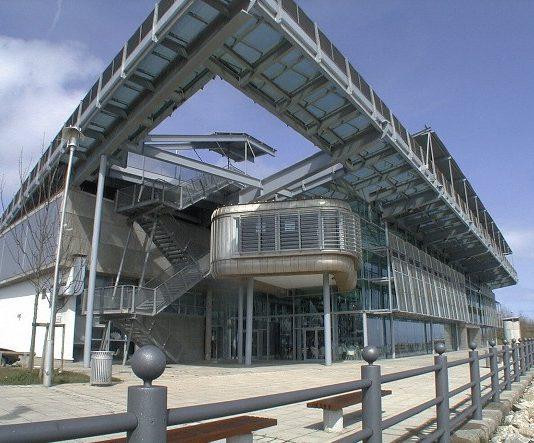 image courtesy of Simon Letouze and Colin Davison, from Wikipedia Creative Commons