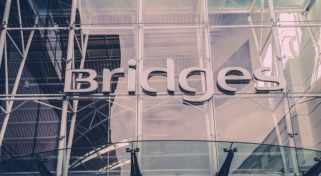 Bridges Shopping Center Hoping To Boost Shopper's Christmas Spirits